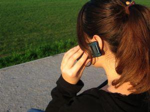 Ondes électromagnétiques : l'Anses émet ses recommandations