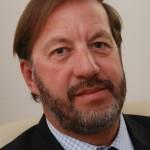 Interview Dr Patrick Petit, ORL «Oreilles et bouchons de cérumen : comment les éliminer ?»