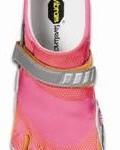 Running : les stars adoptent la tendance « pieds nus » avec des chaussures en forme de pieds