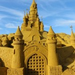 Le Château de la Belle au Bois Dormant… en sable à Paris Plages !