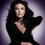 Jacqueline Bisset égérie des soins anti-âge Avon