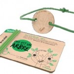 Et si on plantait tous des arbres avec des bracelets ?