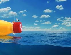 Suivez le voyage d'une bouteille lancée à la mer